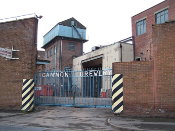 Cannon Brewery Gates, Rutland Road, Neepsend, Sheffield. [Attribution: Terry Robinson, licensed under Creative Commons Attribution-Share Alike 2.0 Generic license]